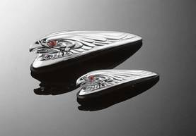 HIGHWAY HAWK EAGLEHEAD FENDERORNAMENT - Koriste suojat ja kiinnikkeet - 561-68-4011 - 1
